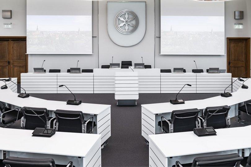 Asztalba süllyeszthető monitorok az Element One-tól